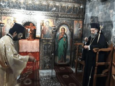 Οι ακολουθίες του Μικρού Παρακλητικού στην Υπεραγία Θεοτόκο στον Ναό Αγίας Τριάδος Μοναστηρίου Οξυιάς