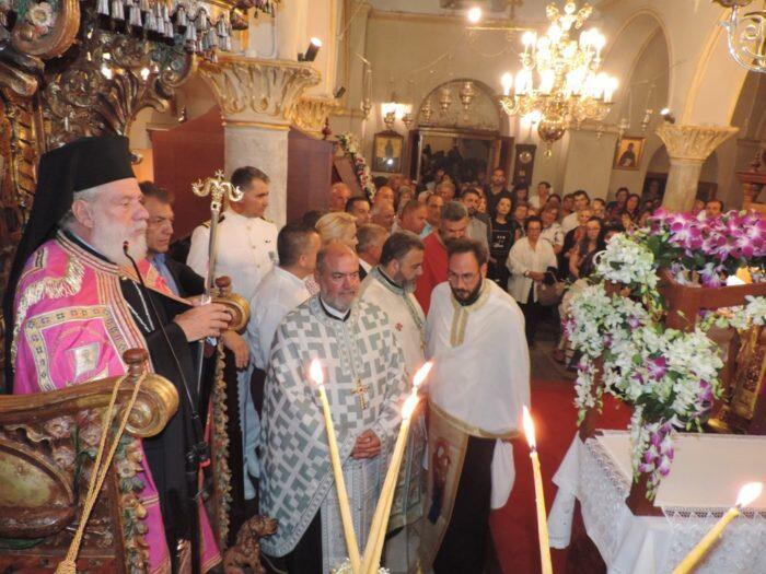 Την προστάτιδα τους Παναγία Τουρλιανή τίμησαν οι Μυκόνιοι