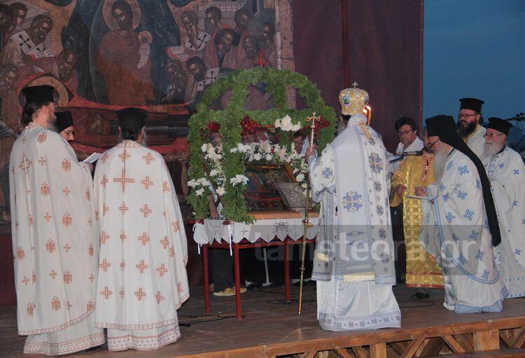 Κοίμηση της Θεοτόκου: Πλήθος πιστών στον Εσπερινό στην Καλαμπάκα