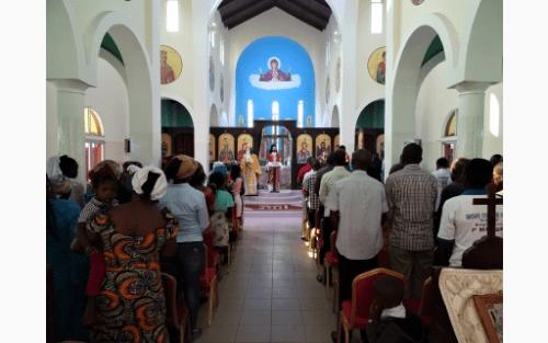 Μητρόπολη Μπραζαβίλ: Θεία Λειτουργία στην Αγία Φωτεινή