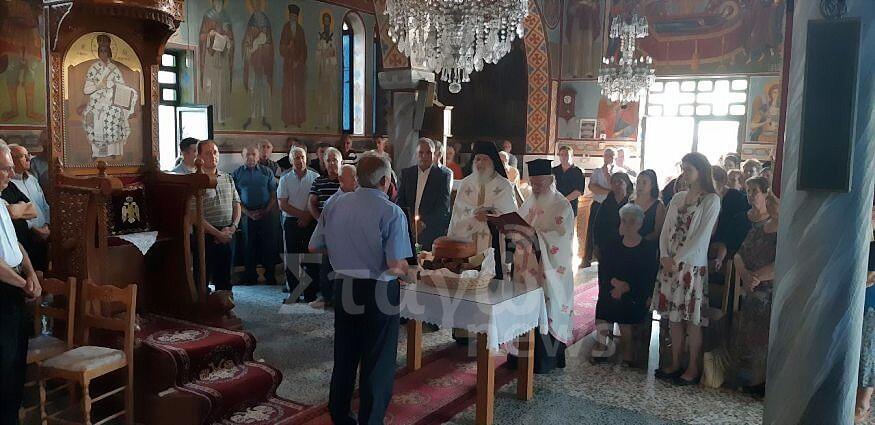 Εσπερινός Τιμίας Ζώνης από ομάδα Ιερομόναχων του Αγίου Όρους στην Αχλαδέα