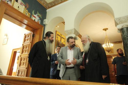 Συνάντηση Αρχιεπισκόπου με τον υπουργό Αγροτικής Ανάπτυξης για εκκλησιαστική περιουσία