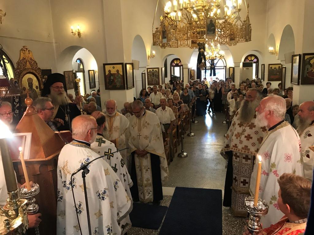 Του Σταυρού: Αρχιερατικός Εσπερινός στον Ενοριακό Ναό Τιμίου Σταυρού Ιεράπετρας