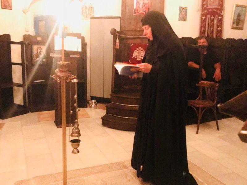 Σίκινος: Η Μονή Ζωοδόχου Πηγής τίμησε τη μνήμη του κτήτορος της Όσιου Ανθίμου Κουρούκλη