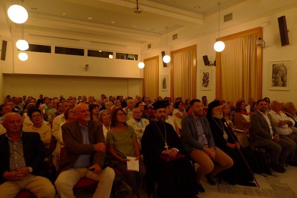 Τήνος: Ο Σύρου Δωρόθεος παρέστη στην έναρξη των εργασιών του 30ού Συνεδρίου της Ελληνικής Εταιρίας Κοινωνικής Παιδιατρικής και Προαγωγής της Υγείας