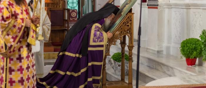 Λαμία: Ύψωση Τιμίου Σταυρού και Χειροτονία Νέου Πρεσβυτέρου στο Ναό του Πολιούχου