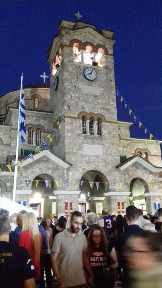 Αιγάλεω: Χιλιάδες πιστοί στο Μεθέορτο Εσπερινό και λιτανεία