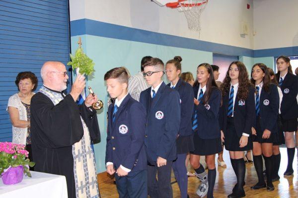 Αγιασμός στο ημερήσιο Ελληνορθόδοξο Σχολείο της Μεταμόρφωσης στο Τορόντο