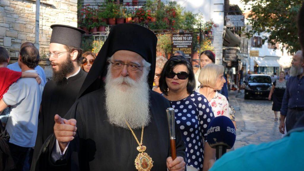 Συγκίνηση στα εγκαίνια του Εκθετηρίου Εκκλησιαστικών Κειμηλίων στην Μακρινίτσα