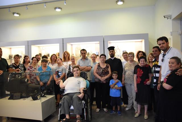 Επίσκεψη του Ιδρύματος περιθάλψεως χρονίως πασχόντων, ο Άγιος Παντελεήμων, στην εμποροπανήγυρη Μυστρά