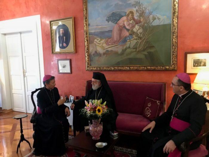 Εθιμοτυπική επίσκεψη του Αποστολικού Νούντσιου στον Σύρου Δωρόθεο