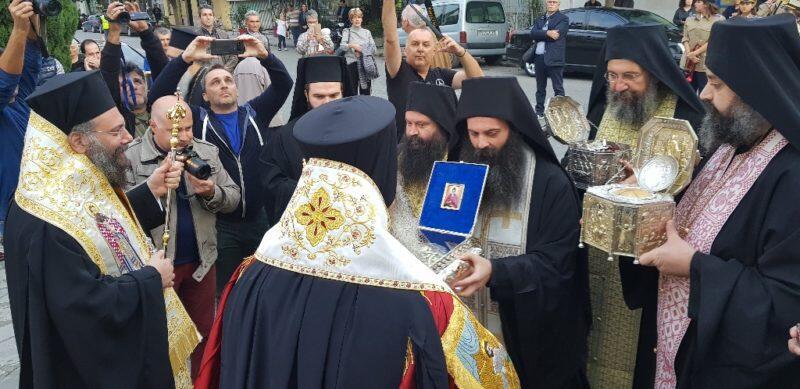Χιλιάδες πιστοί στην Εορτή της Συνάξεως πάντων των εν Τρίκκη Αγίων