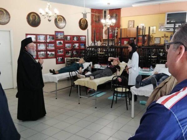 Ο Χαλκίδος Χρυσόστομος σε ενορίες που επλήγησαν από τον φονικό κυκλώνα