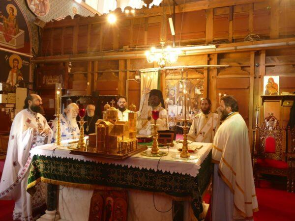 Ο Επίσκοπος Μπουρούντι Ιννοκέντιος λειτούργησε στον Μητροπολιτικό Ναό του Αγίου Γεωργίου