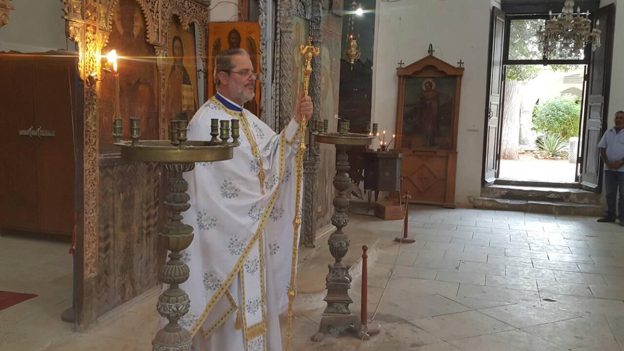 Θεία Λειτουργία στο Καθολικό της κατεχόμενης Μονής του Αποστόλου Βαρνάβα