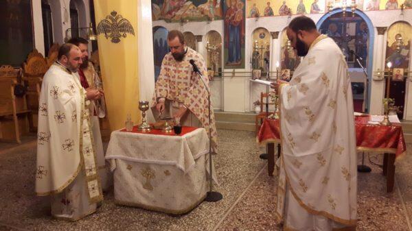Η αρχαιοπρεπής Θεία Λειτουργία του Αγ. Ιακώβου Αδελφοθέου στον Θεολόγο Διρφύων
