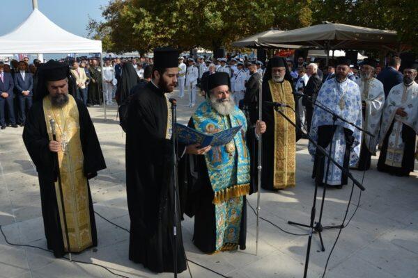 Στους εορτασμούς της επετείου της Ναυμαχίας του Ναυαρίνου ο Αρχιεπίσκοπος