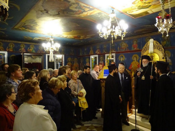 Άγιος Κυπριανός: Πλήθος πιστών στον Εσπερινό στην Ι.Μ. Ν. Ιωνίας