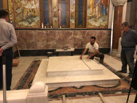 Πάτρα: Τοποθετήθηκε η μαρμάρινη βάση του Σταυρού του Αγίου Αποστόλου Ανδρέου