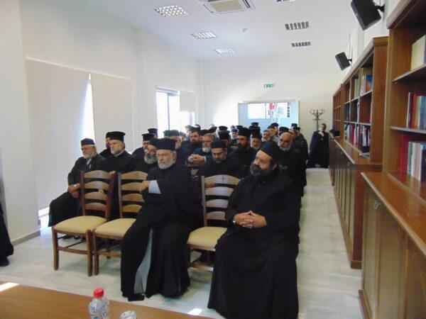 Ιερατική Σύναξη και ομιλία στην Ιερά Μητρόπολη Αρκαλοχωρίου