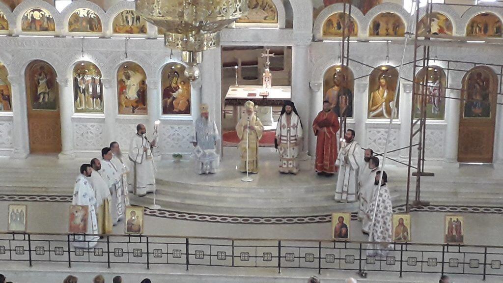 3ήμερο προσκύνημα στην Βόρειο Ήπειρο και στα Τίρανα, Ενοριών Απολπαίνης και Καρυωτών Λευκάδος