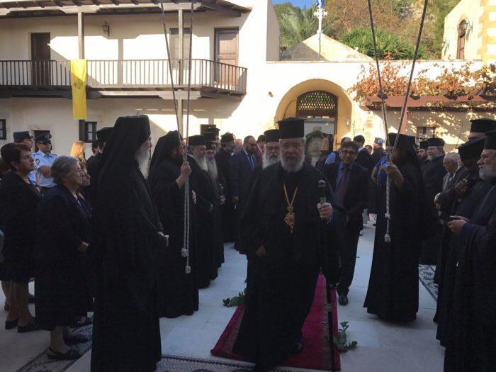 ΤΩΡΑ: Η καρδιά της Ορθοδοξίας στη Μονή Οδηγητρίας Γωνίας - Συγκλονιστικές στιγμές