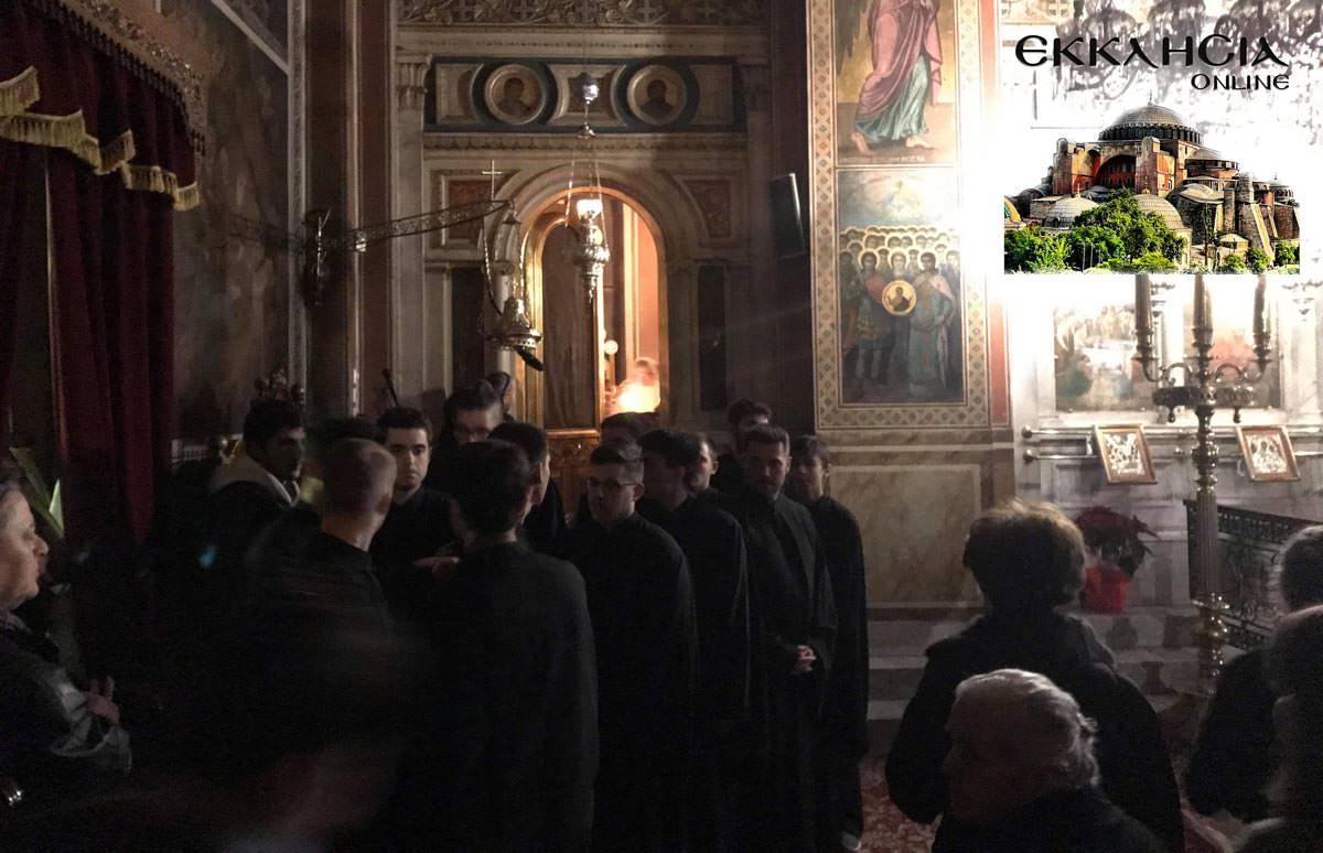 Βουβό Συλλαλητήριο από ΕΚΚΛΗΣΙΑ Online και πλήθος πιστών στην Προσευχή για Μακεδονία