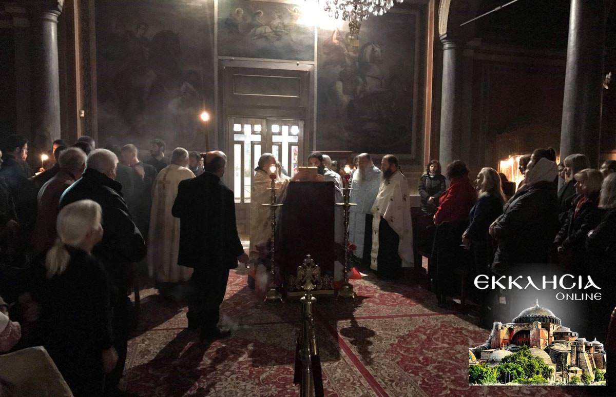 Βουβό Συλλαλητήριο από ΕΚΚΛΗΣΙΑ Online και πλήθος πιστών Προσευχή Μακεδονία