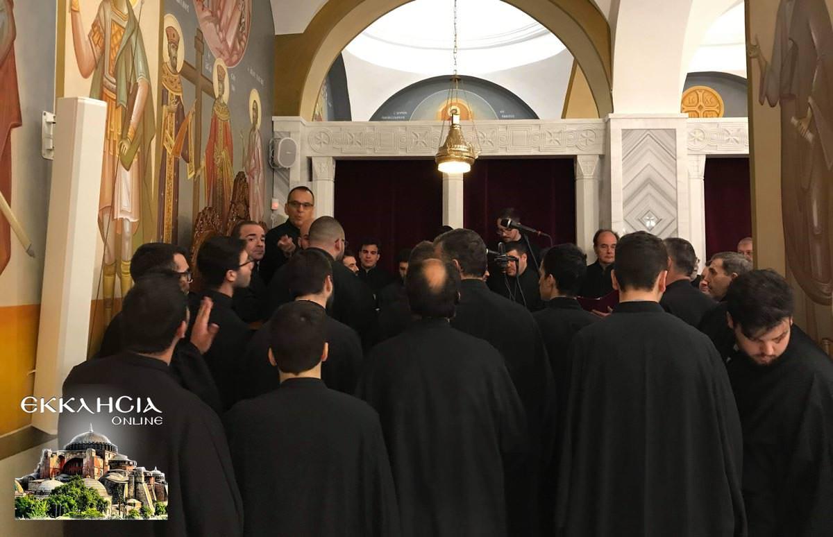 Θυρανοίξια και Σταυροπροσυκήσεως στον Ιερό Ναό Κοιμήσεως της Θεοτόκου Άγιος Στέφανος