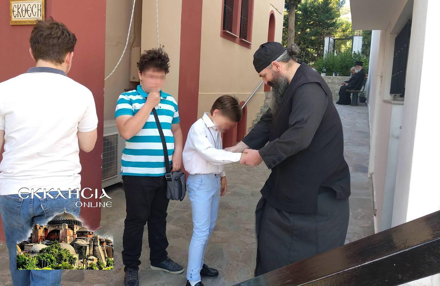 Αγίου Πνεύματος 2019 γλυφάδα πατερ παιδιά