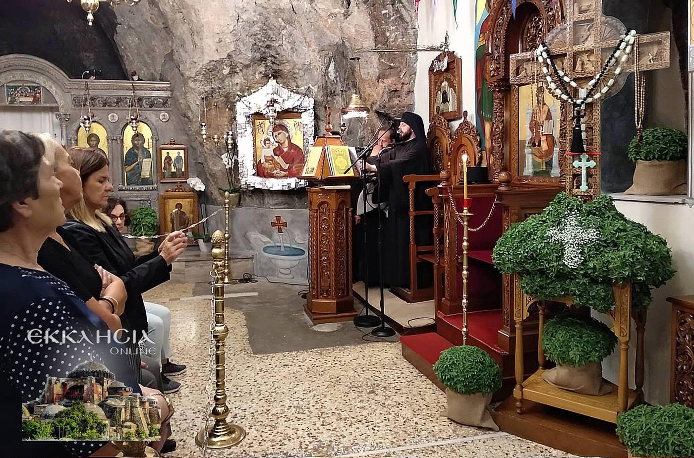 Ιερός Ναός Αγίων Ισιδώρων Τιμίου Σταυρού 2019