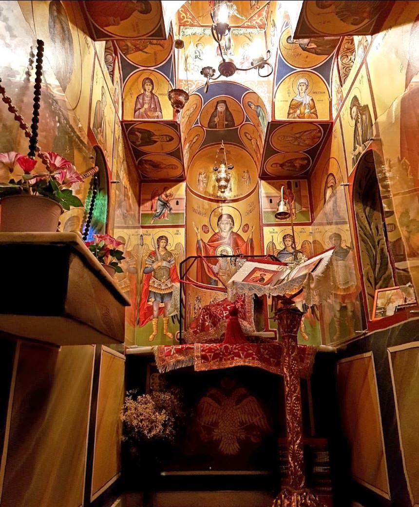 Παρεκκλήσιο Αγίου Ιούδα Θαδδαίου Λαυρίου εσωτερικό