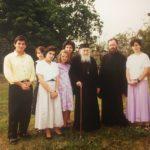 Γέροντας Σωφρόνιος με Απόστολο Μαλαμούση και Χρήστος Μαραζίδης, το 1990 στην Ιερά Μονή Τιμίου Προδρόμου Έσσεξ