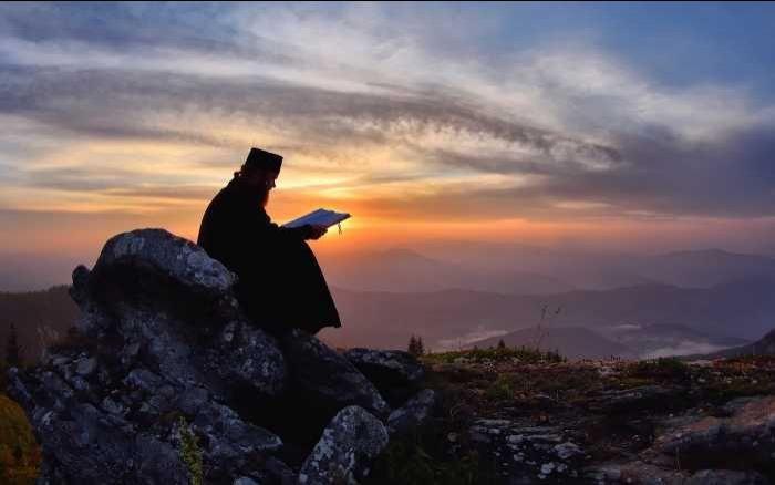 ΑΓΙΟ ΟΡΟΣ: Η προσευχή που φέρνει αγαλίασση, χαρά και ειρήνη στις ψυχές -  ΕΚΚΛΗΣΙΑ ONLINE