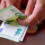 πληρωμές συντάξεων μετρητά euros