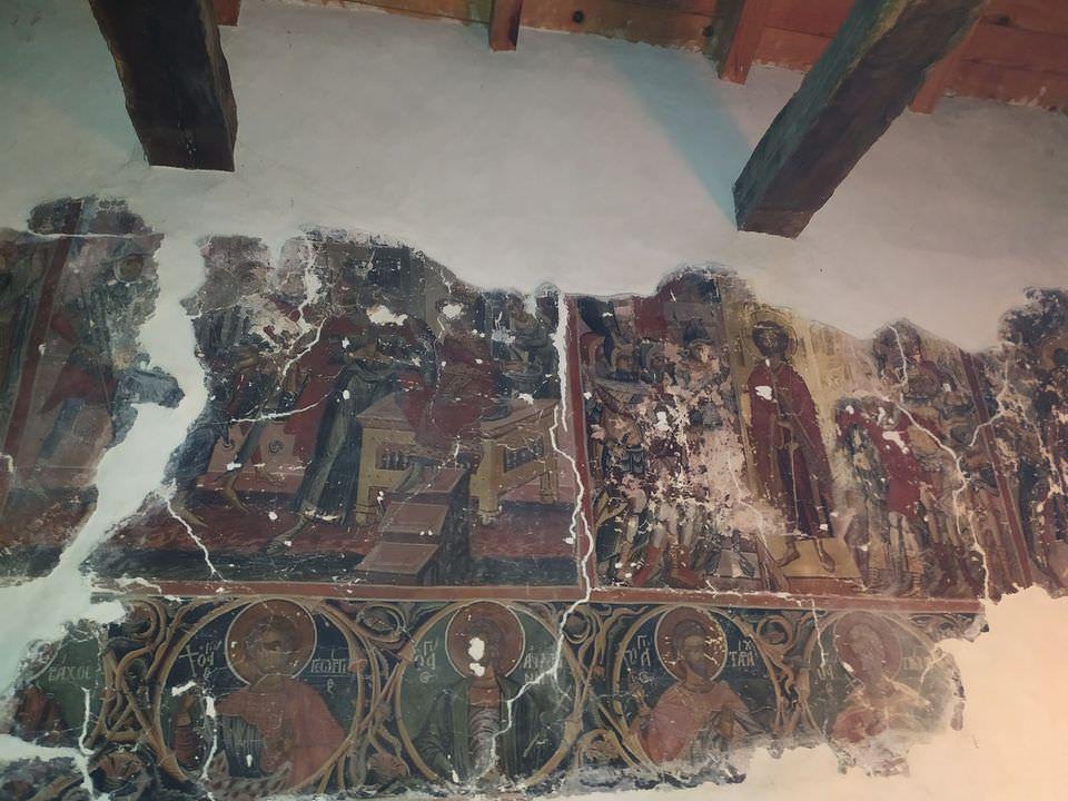 Εκκλησία Αλβανίας Τοιχογραφία