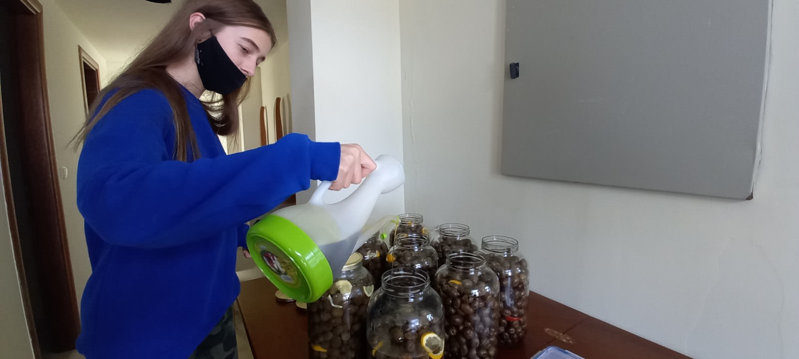 Μαθητές ετοίμασαν ελιές Αργυρόκαστρο