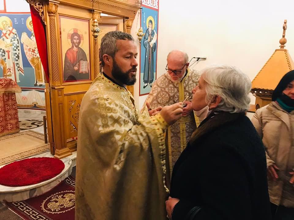 Εκκλησία Αλβανίας ευχέλαιο πανδημία
