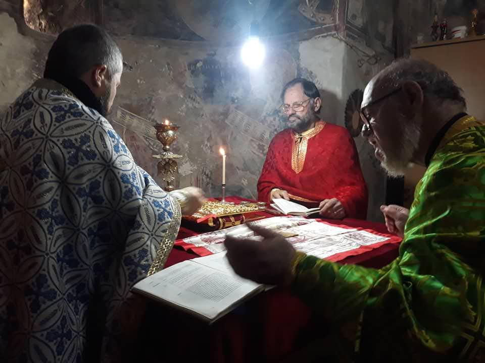 Λειτουργία αγίου Νικολάου στο χωριό Σέλτσαν του Ελμπασάν