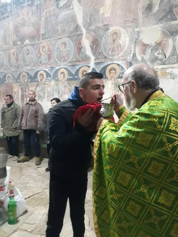 Λειτουργία αγίου Νικολάου στο Ελμπασάν