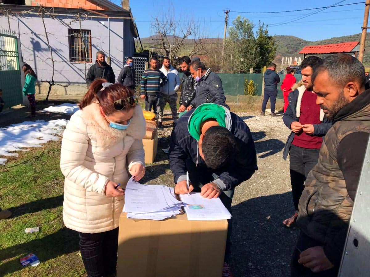 Εκκλησία Αλβανίας στηρίζει τους μετανάστες που επιστρέφουν