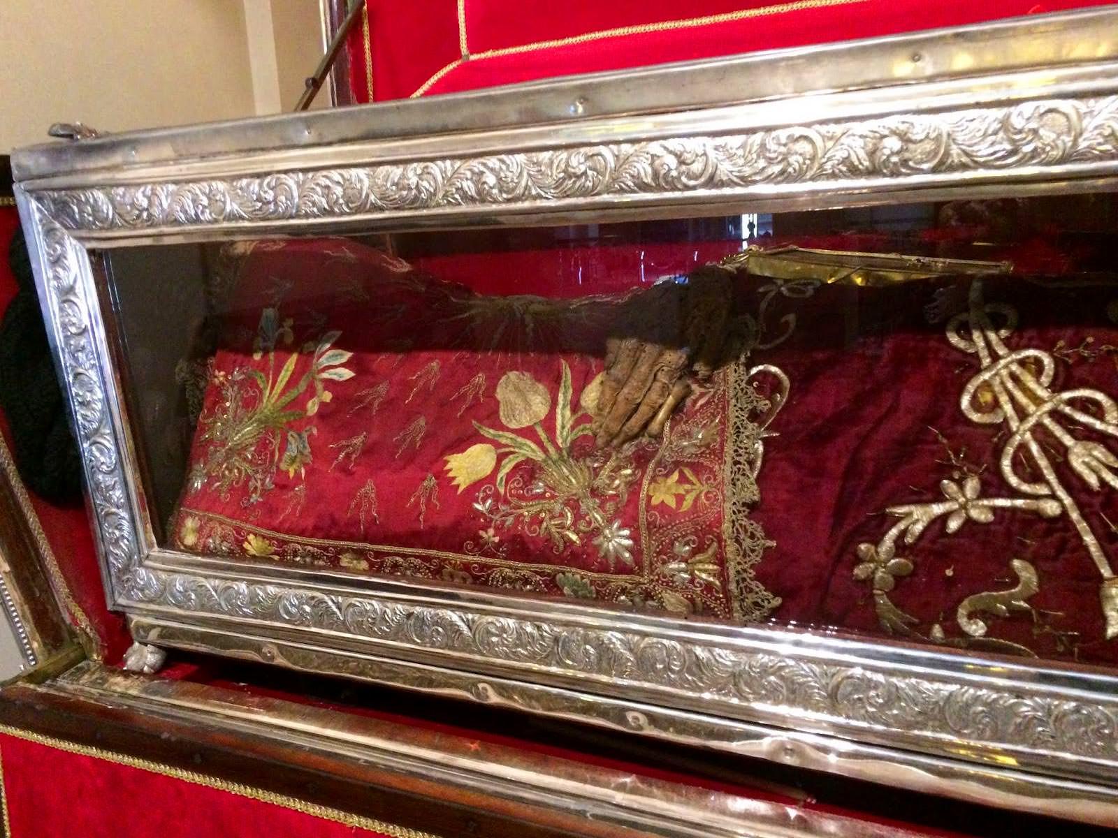 Ιερό Λείψανο Αγίας Θεοδώρας στην Κέρκυρα