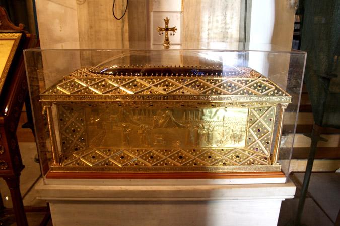 Ιερό Λείψανο Αγίας Φιλοθέης