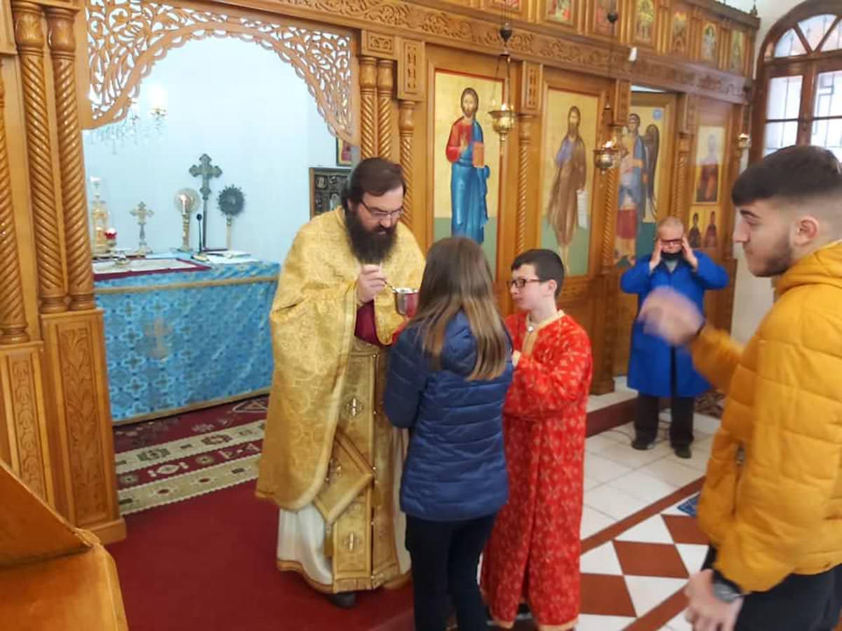 Δια Κολλύβων Θαύμα στο ναό των Αγίων Θεοδώρων Αλβανίας