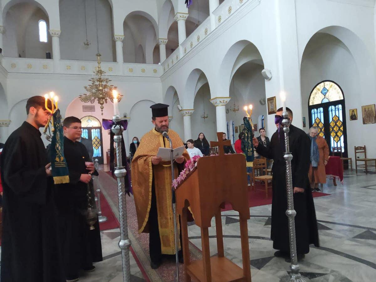 Ακάθιστος Ύμνος στις Ορθόδοξες Εκκλησίες της Αλβανίας