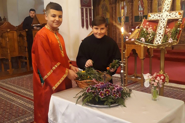 Κυριακή της Σταυροπροσκυνήσεως Αλβανία