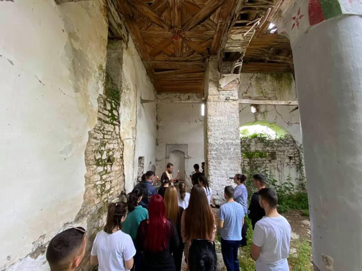 Εκκλησία Αλβανίας Χριστός Ανέστη