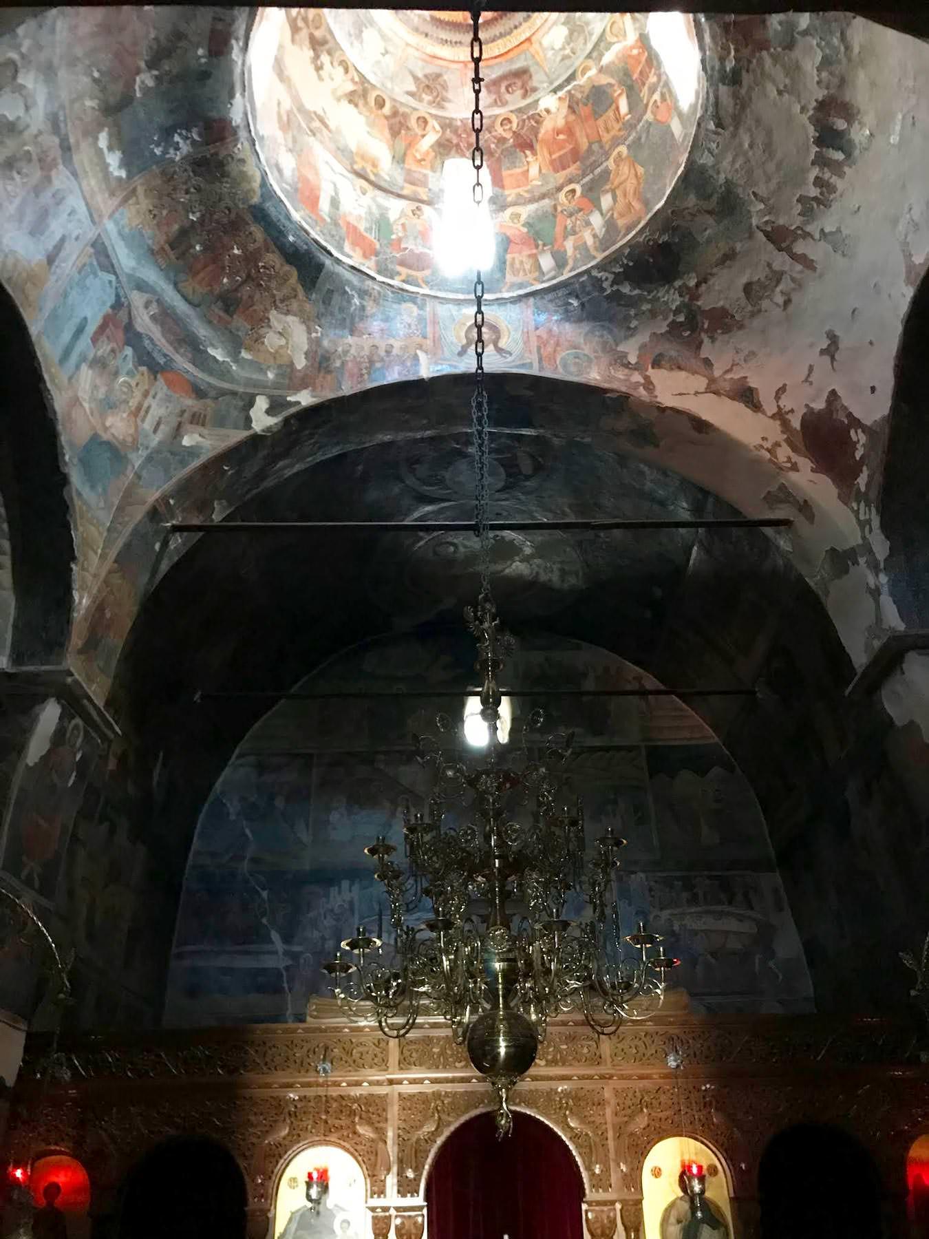 Μονή Αγίου Δημητρίου Ζάλογγο Καθολικό