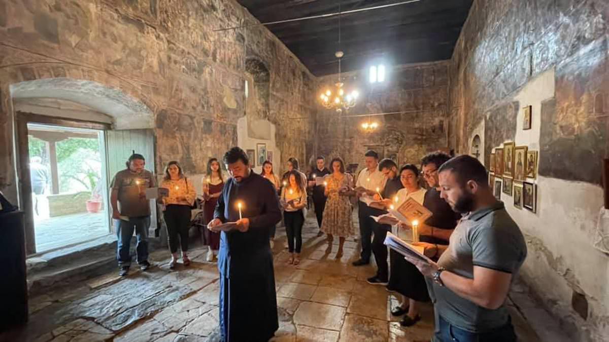 Εκκλησία Αλβανίας Στιγμιότυπα πνευματικών δράσεων