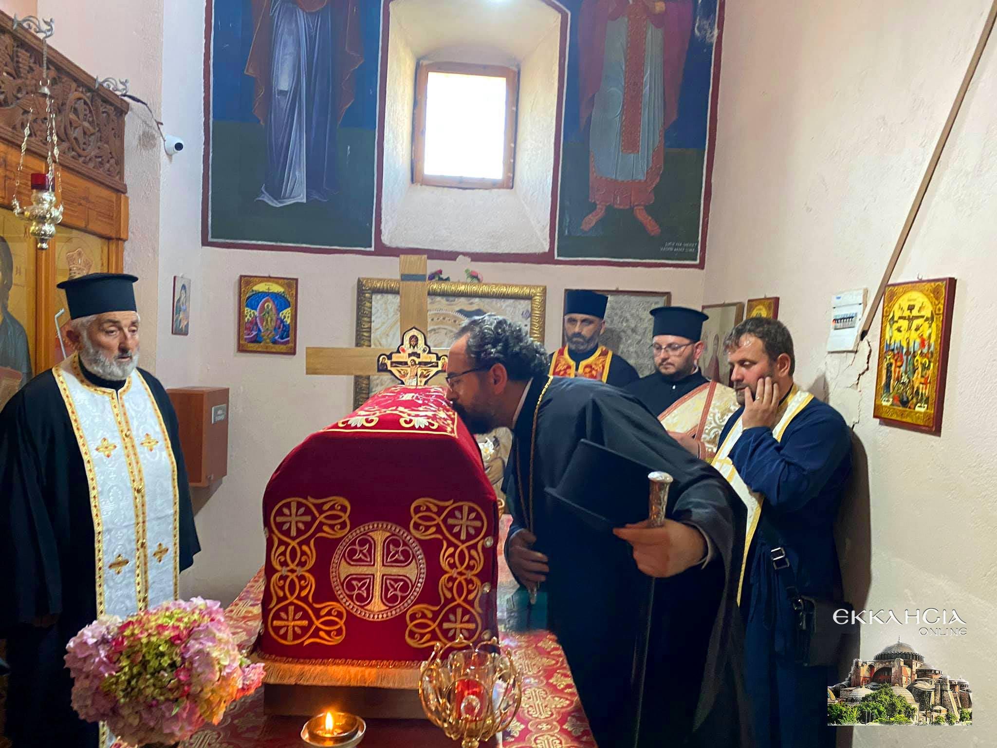 Υποδοχή θαυματουργών λειψάνων του αγίου Ιωάννου του Βλαδιμήρου Αλβανία